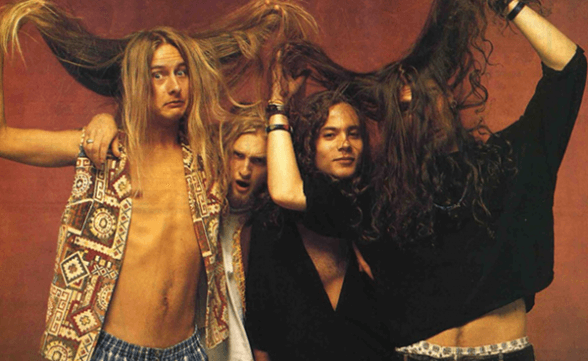 "Versiones completas de Soundgarden y Alice In Chains en ""Singles"""