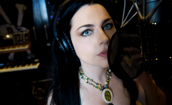 "Amy Lee realiza cover de ""Baby Did A Bad, Bad Thing"" de Chris Isaak"