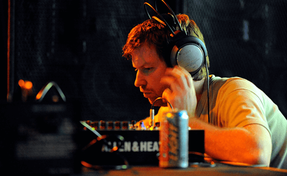 "Streaming de ""Computer Controlled Acoustic Instruments Pt. 2″, nuevo EP de Aphex Twin"