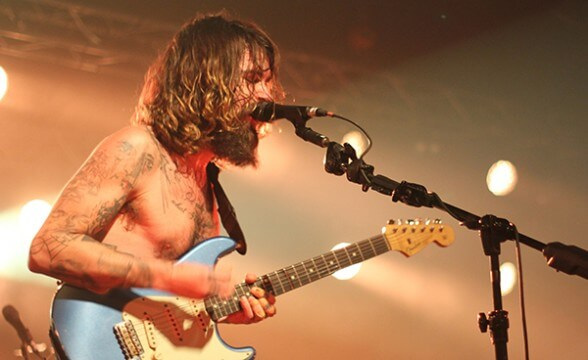 BIFFY CLYRO CHILE 2014 FRONTAL