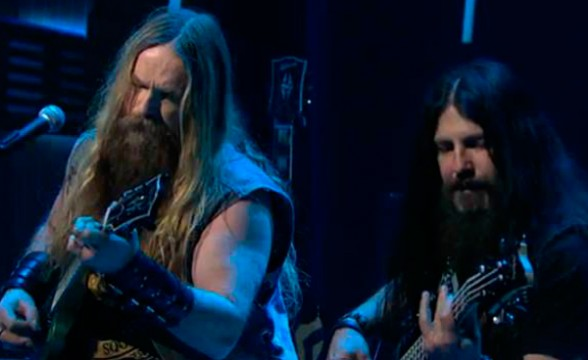 """Black Label Society tocó """"Angel Of Mercy"""" en Late Night With Seth Meyers"""