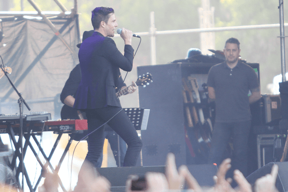 BRANDON FLOWERS LOLLAPALOOZA CHILE 2016 01