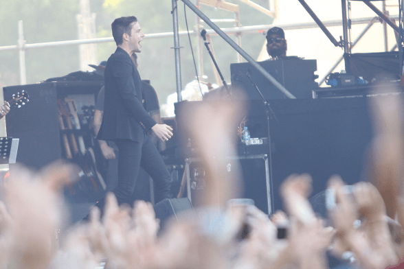 BRANDON FLOWERS LOLLAPALOOZA CHILE 2016 02
