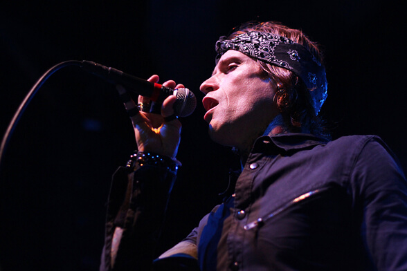 BUCKCHERRY CHILE 2013 03