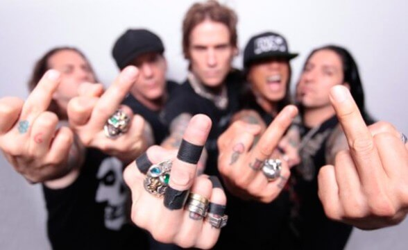 "Nueva canción de Buckcherry: ""The Motherfucker"""