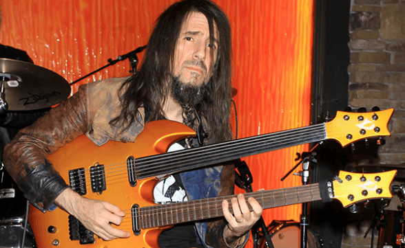 "Nuevo video de Bumblefoot: ""Don't Know Who To Pray To Anymore"""