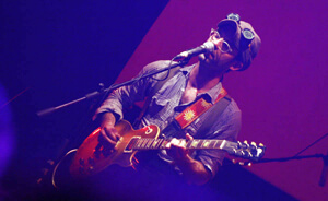 Clap Your Hands Say Yeah: Entre un mar de gritos