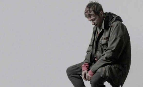 "Nuevo video de Damon Albarn: ""Heavy Seas Of Love"""