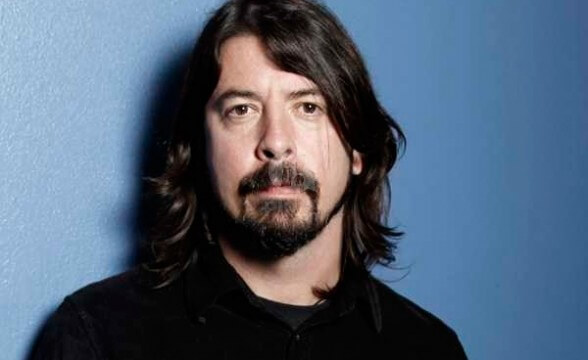 "Track inédito de Dave Grohl solista: ""Hooker On The Street"""