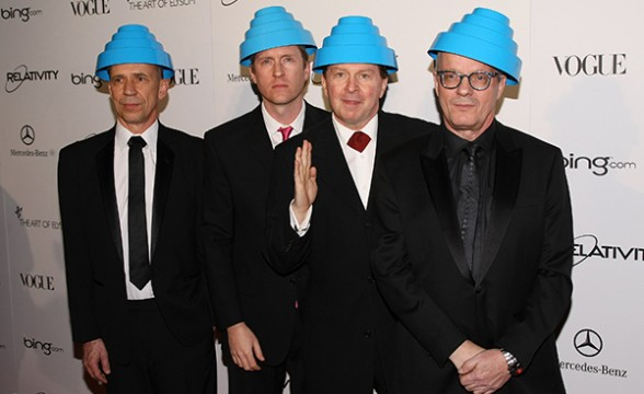 "Devo lanzará disco en vivo que estaba perdido: ""Miracle Witness Hour"""