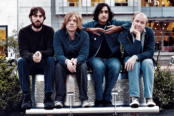 EXPLOSIONS IN THE SKY 02