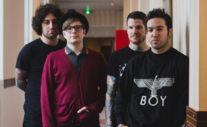 "Nuevo video de Fall Out Boy: ""Alone Together"""