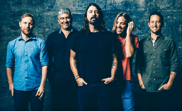 "Foo Fighters tocó ""Everlong"" en la despedida de David Letterman de la TV"