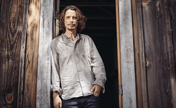 "Publican video póstumo de Chris Cornell: ""The Promise"""