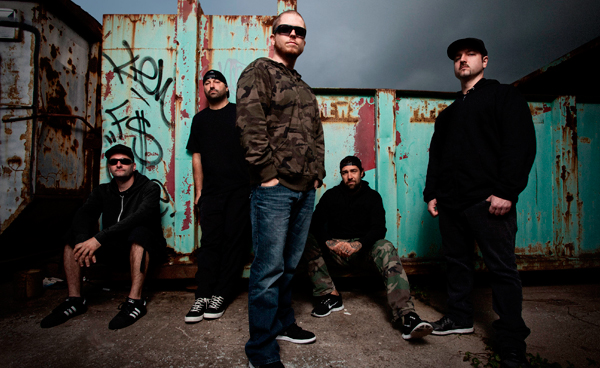 "Hatebreed lanza su video para la canción ""Honor Never Dies"""