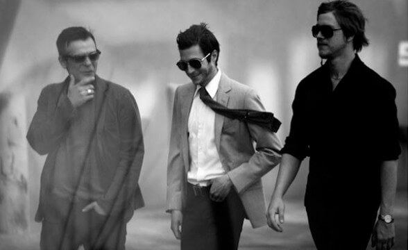"Interpol tocó ""Everything Is Wrong"" en Late Night"