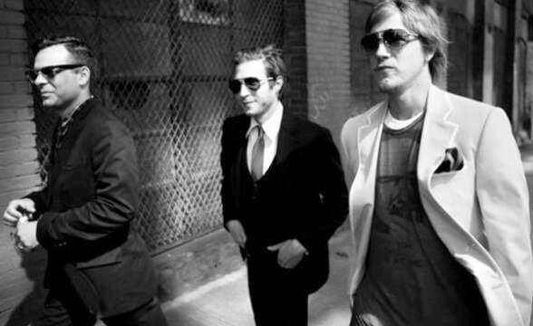 "Nuevo video de Interpol: ""Twice As Hard"""
