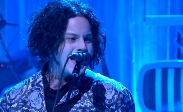 Jack White presentó dos canciones en The Tonight Show