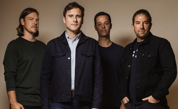 "Jimmy Eat World tocó ""Get Right"" e ""Integrity Blues"" en Conan"