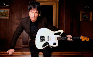 """Johnny Marr tocó """"The Right Thing Right"""" en Conan"""