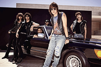 JULIAN CASABLANCAS + THE VOIDZ 01