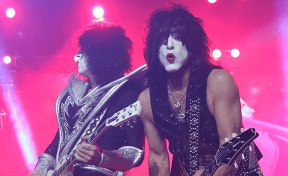 KISS CHILE 2015 FRONTAL