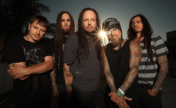 "Nuevo video de Korn: ""Black Is The Soul"""
