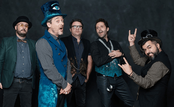 Detalles del regreso de Love Of Lesbian a Chile