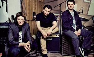 "Nueva canción de Manic Street Preachers: ""Show Me The Wonder"""