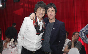 Johnny Marr y Ronnie Wood juntos en el escenario