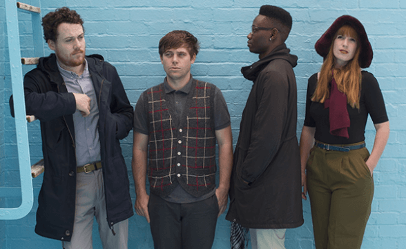 "Nuevo video de Metronomy: ""Hang Me Out To Dry"""