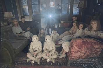 miss-peregrines-home-for-peculiar-children-01