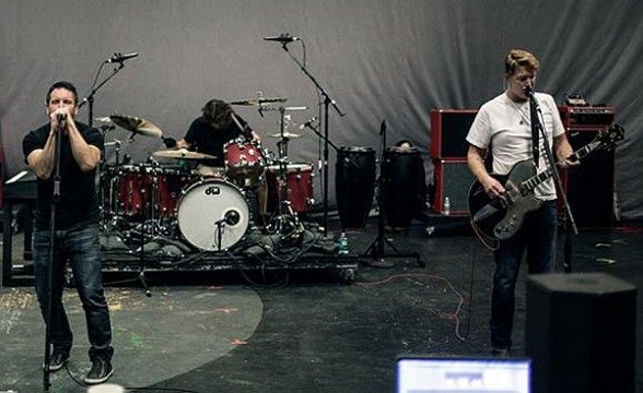 Mira el ensayo de Nine Inch Nails y Queens Of The Stone Age para los Grammy