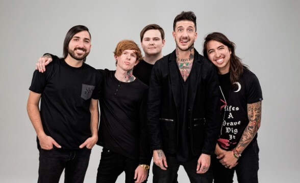 "Nuevo video de Of Mice & Men: ""Feels Like Forever"""