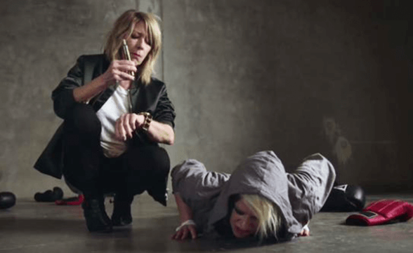 "Nuevo video de Peaches con Kim Gordon: ""Close Up"""