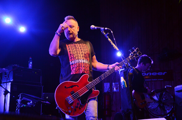 PETER HOOK & THE LIGHT CHILE 2013 03