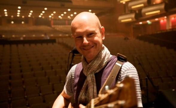 "Nuevo video de Phil Selway (Radiohead): ""Coming Up For Air"""