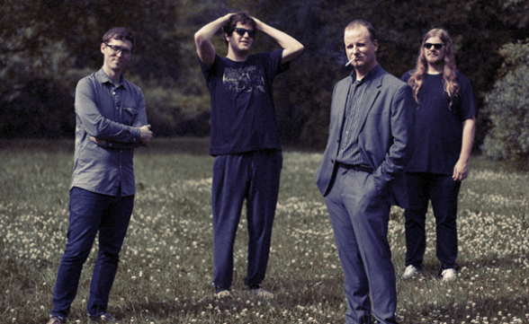 "Nueva canción de Protomartyr: ""Born To Be Wine"""