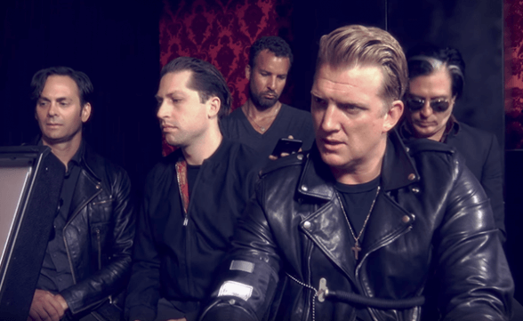 "Queens Of The Stone Age anuncia nuevo disco: ""Villains"""
