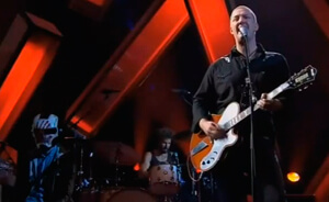 Mira (otra vez) a Queens Of The Stone Age en show de Jools Holland