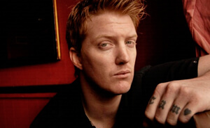 """Nuevo tema de Queens Of The Stone Age: """"Keep Your Eyes Peeled"""""""