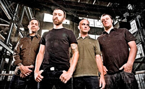 "Rise Against comparte una versión demo de ""Like The Angel"""
