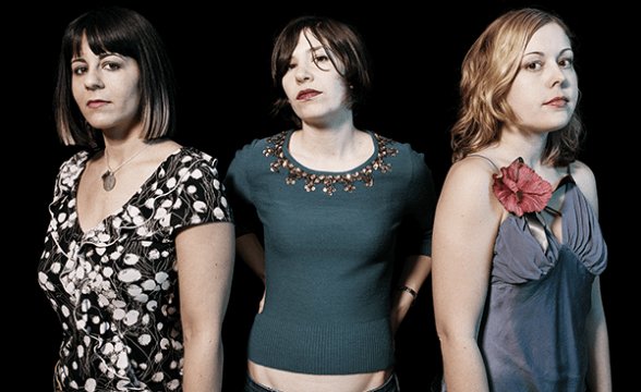 "Sleater-Kinney tocó ""Price Tag"" en show de Seth Meyers"