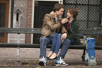 THE FAULT IN OUR STARS 03