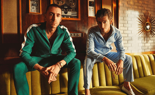 "The Last Shadow Puppets tocó ""Bad Habits"" en Late Night With Seth Myers"