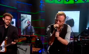 "The National tocó canciones de su nuevo disco en ""The Colbert Report"""