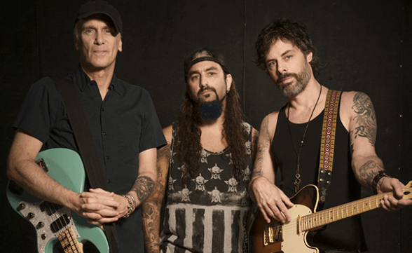 "The Winery Dogs publica el primer adelanto de ""Dog Years: Live In Santiago & Beyond 2013-2016"": ""Elevate"""