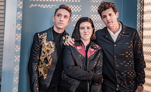 "The xx tocó ""Lips"" y ""Say Something Loving"" en Fallon"