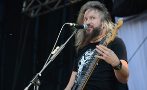 Troy Sanders y el comercial de Orange Amps