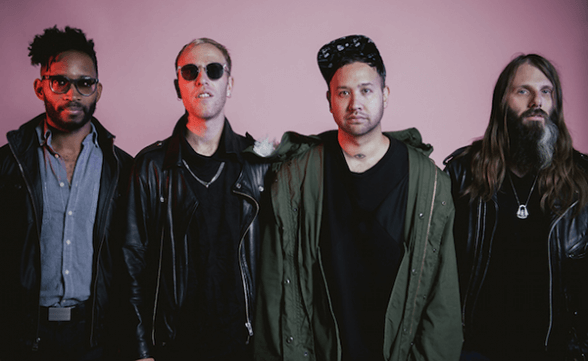 "Unknown Mortal Orchestra tocó cover de Grateful Dead en Conan: ""Shakedown Street"""